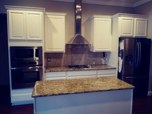 Before & After Cabinet Painting in Eustis, FL (3)