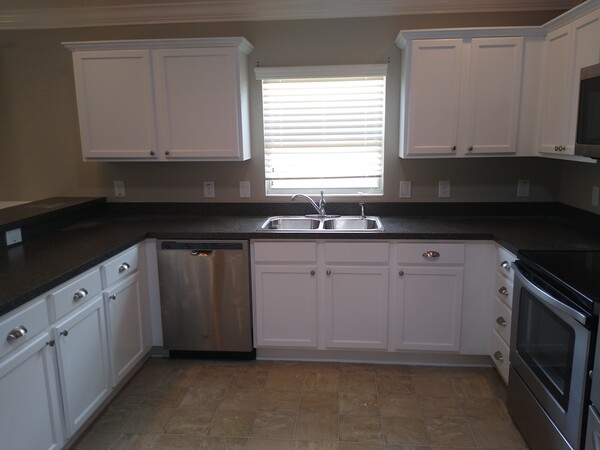 Before & After Cabinet Painting in Kissimmee, FL (5)